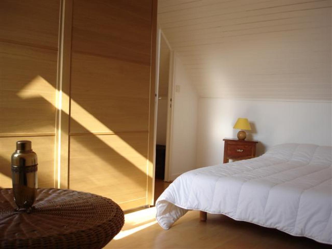 1395851567n_Bleue_chambre_double.jpg