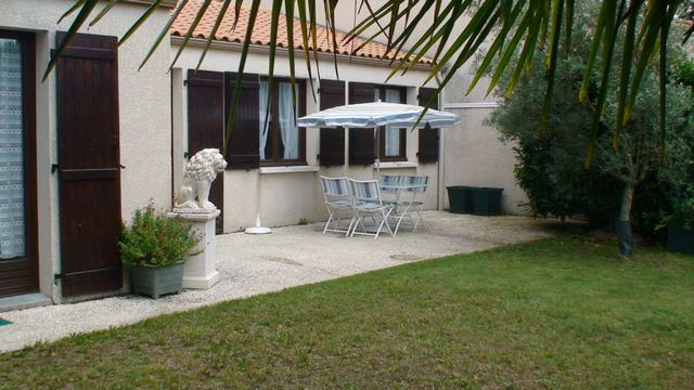 270612-497-2-Terrasse-sud-petitetab-paras-11-.jpg