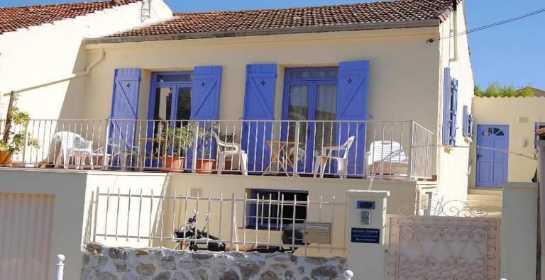 9v9_villa2.jpg