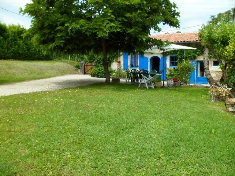 location vacances Bertric-Burée