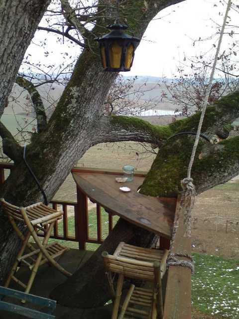 Vue-sur-lac-depuis-terrasse.JPG