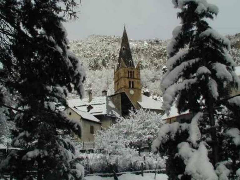 mg1_1vallouise-village-hiver.jpg