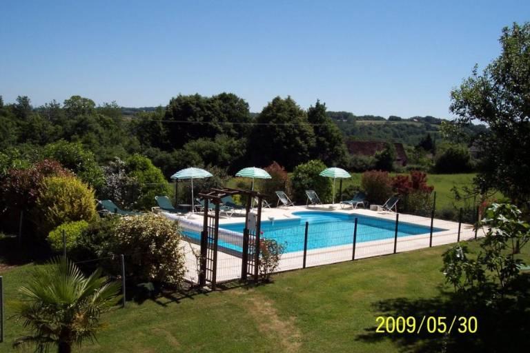 oeKM54-piscine-ferme-de-petrus.jpg