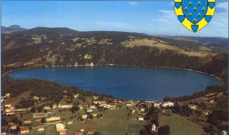 location vacances Le Lac-d'Issarlès