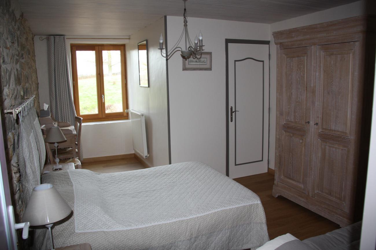 tas_Grange_de_la_Ferdiere_Chambre_Moulin_A_Vent1.jpg