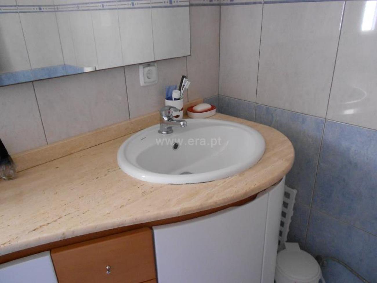 y23_lavabo.jpg